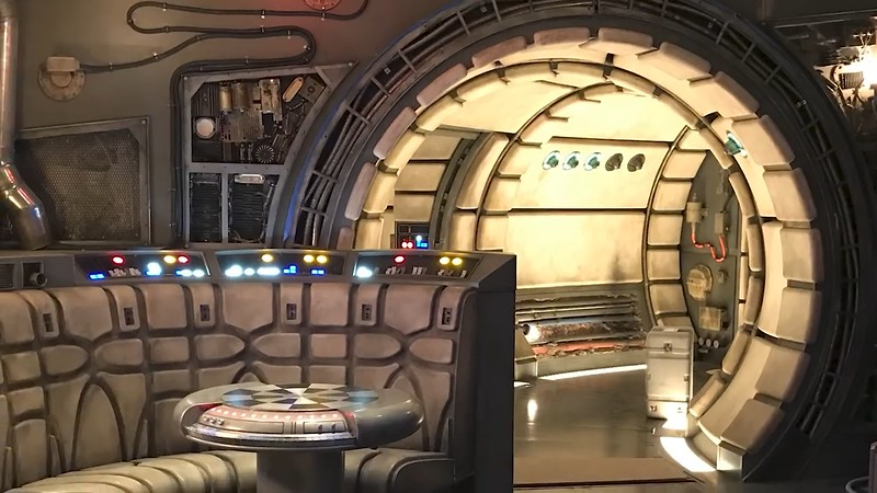 star wars galaxys edge construction (24)