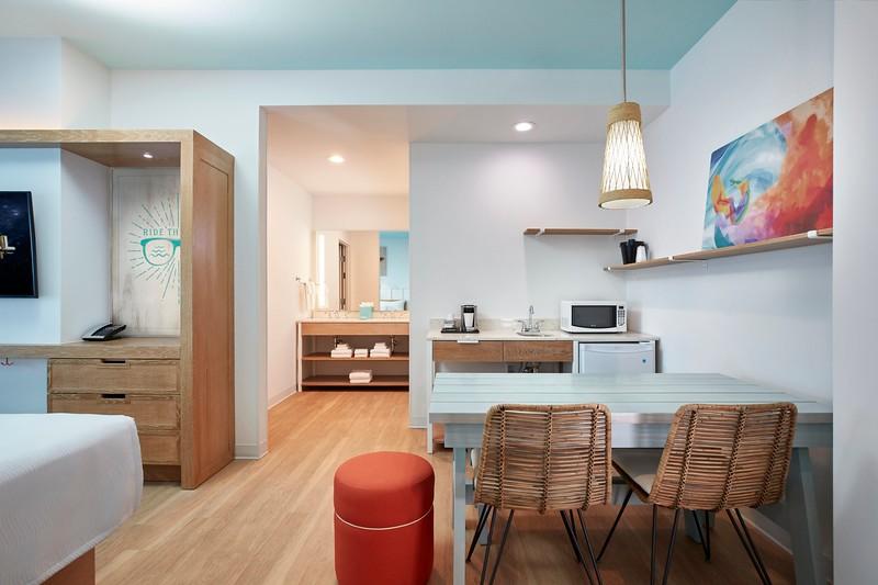 18-33845 ESR19 Surfside Model Room 070518, Universal's Endless Summer Resort - Surfside Inn and Suites, UESRSI, Project 370, Project 203, Hotels, Accommodations, Resort, RES, Value, Universal Orlando Resort, UOR, UO