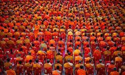 thousands of monks