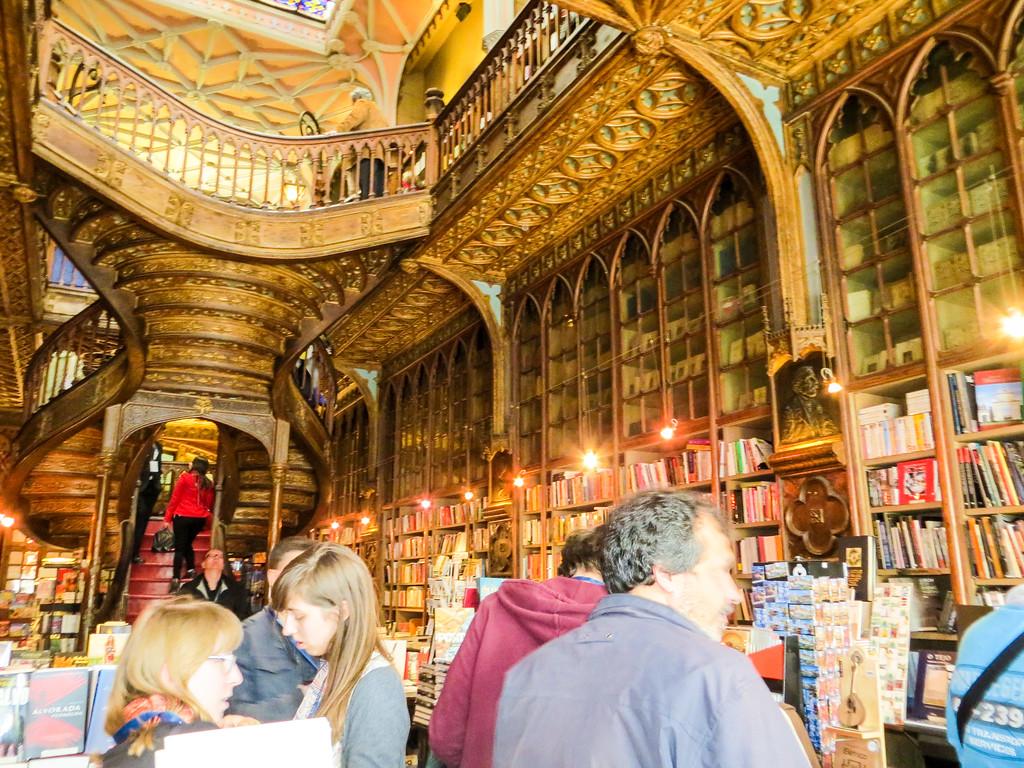 Livraria lello bookstore