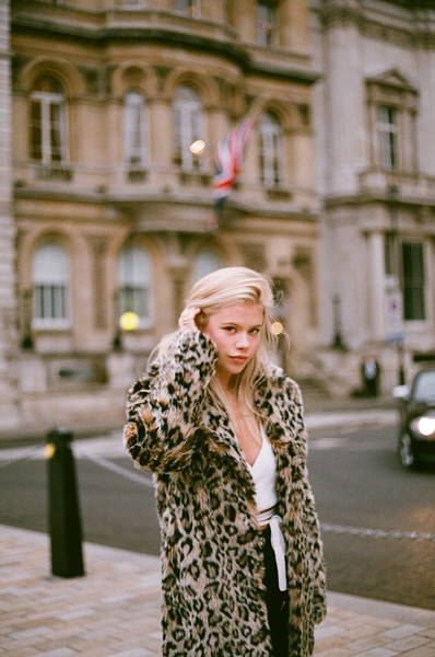 london fashion portrait with fujifilm superia 400 film