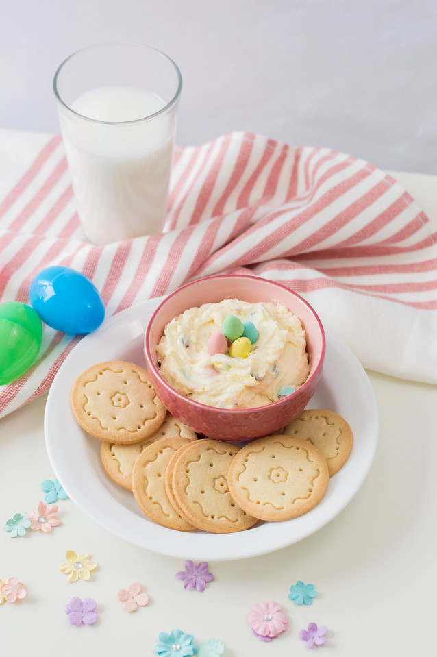 his Cream Cheese Dip for Easter is a perfect treat and dessert for Easter. It uses ingredients you probably already have at home for an at-home celebration