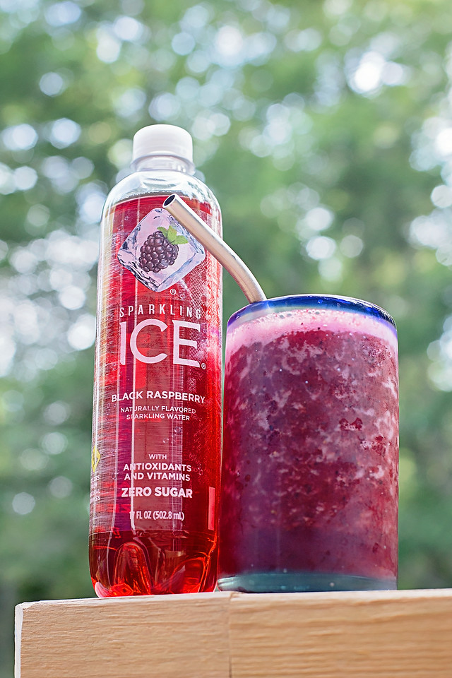 #ad Make this simple and refreshing Sparkling Ice Berry Slushie for the ultimate in delicious mocktail refreshment! #sparklingice #IC #SparklingIceAtWalmart