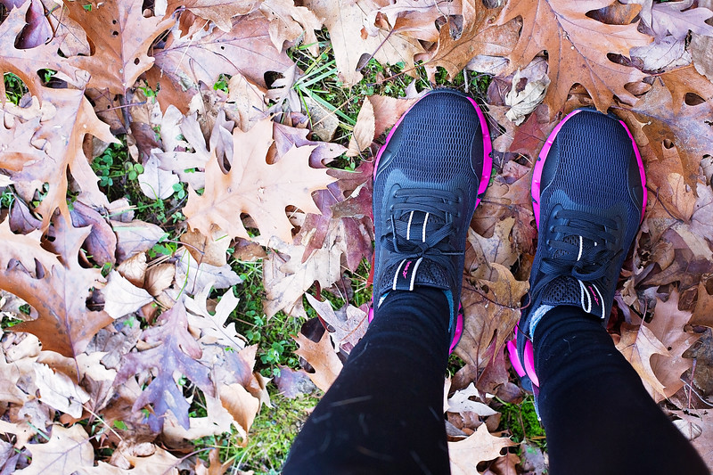 #AD We are rocking the Reebok Zig Dynamica from DSW! See why we love these sneakers, and having fun wearing them together. #ZigDynamica #DSW