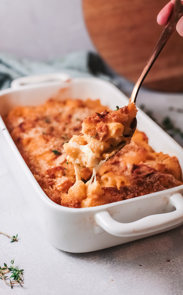 This Pumpkin Mac and Cheese Recipe is perfect for the