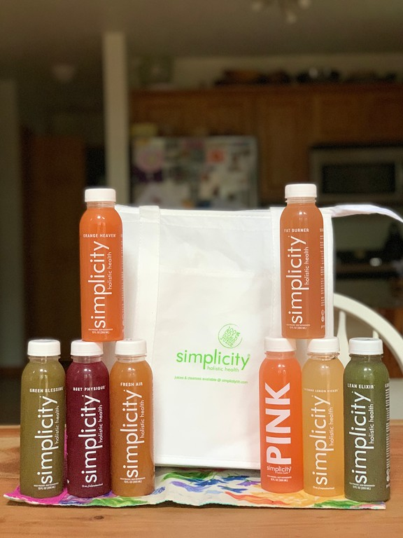 #ad Read our review of SIMPLICITY Juice, and enter to win your own full sample kit of simplicity juices, worth $50.00. # simplicityjuice #HPP