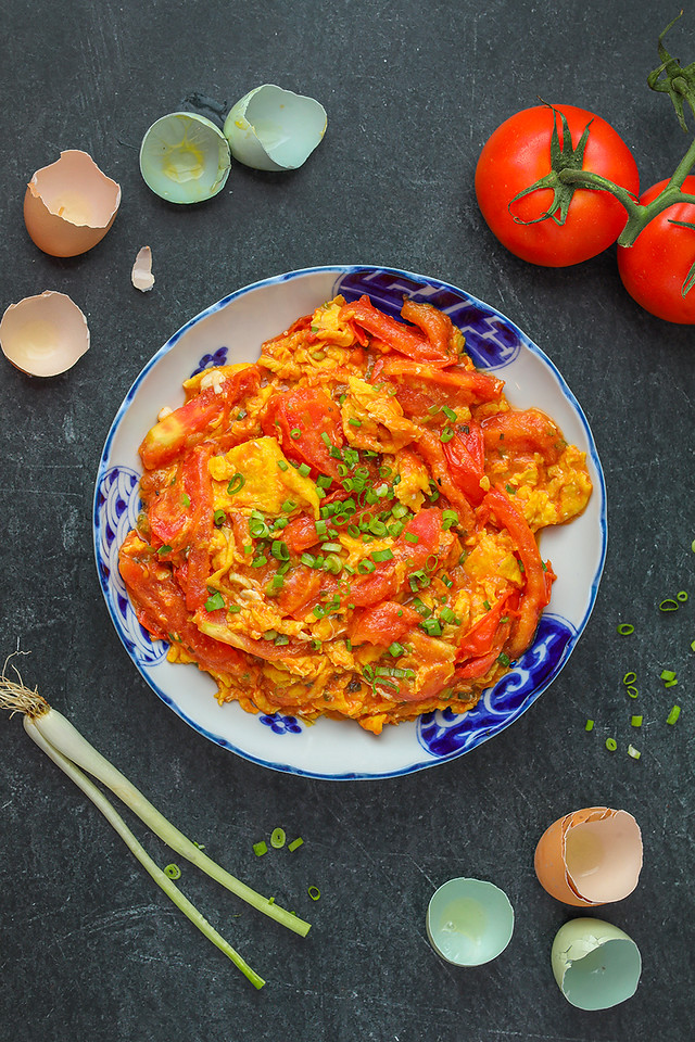 EASY Tomato and Egg Stir Fry