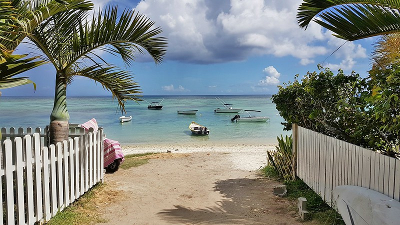 Short Guide to Mauritius - the beach