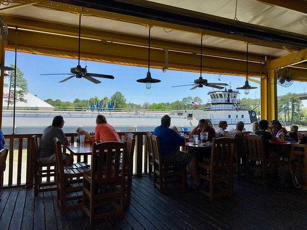 8 Great Places To Eat In Gulf Shores Alabama