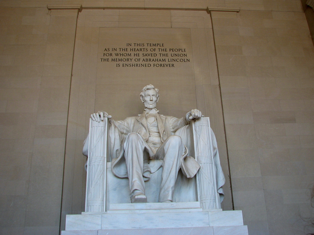 photo of the week: lincoln memorial |