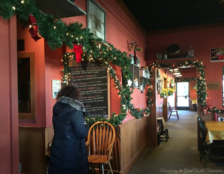 Kirkland's Brown Bag Cafe Dressed Up for the Holidays