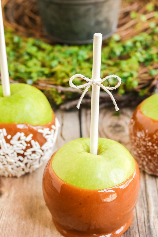 These Best Ever Caramel Apples are perfect for fall. They fill you with wonder and nostalgia, and give you something to make out of all those picked apples!
