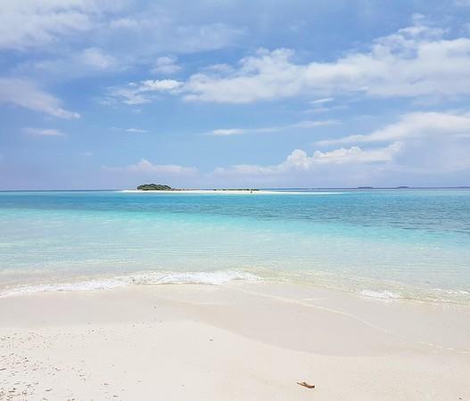Maldives on a budget - uninhabited island