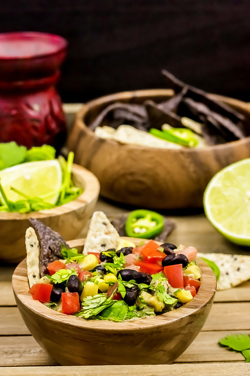 Love #guacamole? This Tex-Mex Guacamole #recipe is the perfect summer party recipe! I found all ingredient items at BJ's Wholesale Club! #ad #BJsSmartSaver