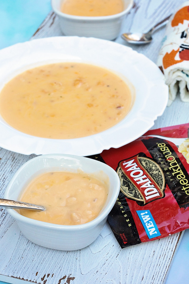 It's that time of year when you need to have some cozy date ideas to close out winter! We LOVE Idahoan® Steakhouse® Soups and how warm and cozy they make us feel. #ad #CLVR #IdahoanSoups