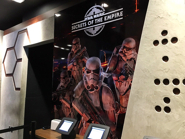 Things to do in Las Vegas - Star Wars Secrets of the Empire VR