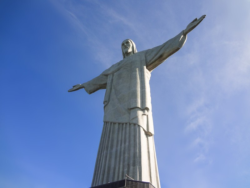 Postcard-Perfect Photo of Christ the Redeemer. Photo Credit: Renata Pereira