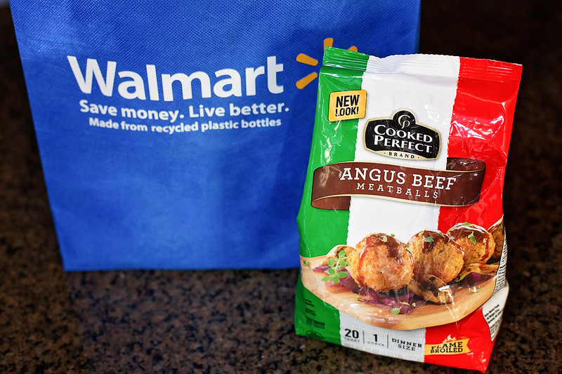 #ad Cranberry Meatballs are the perfect recipe to upgrade your holidays! Read about Cooked Perfect from Walmart and Toys for Tots! #UpgradeYourHolidays #CP