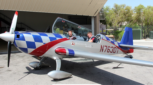 Things to do in Las Vegas - stunt plane