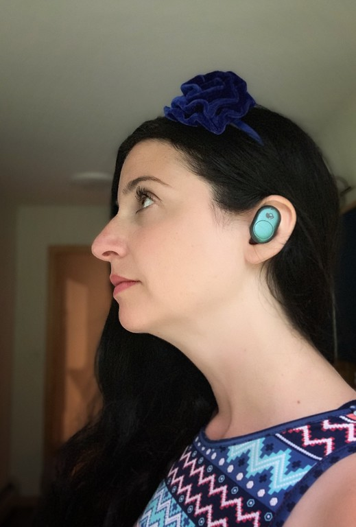 We love our Skullcandy Push Ear Buds because they are super cool and perfect for on the go. Here's why we love them @skullcandy #feelskullcandy #ad @BestBuy