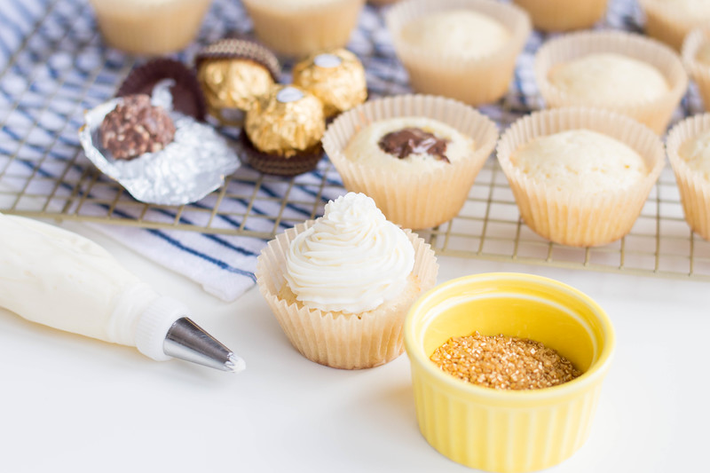 New Year's Eve Fancy Golden Cupcakes are gorgeous and festive - and perfect to ring in the new year! Make this kid-friendly recipe for parties or nights in.