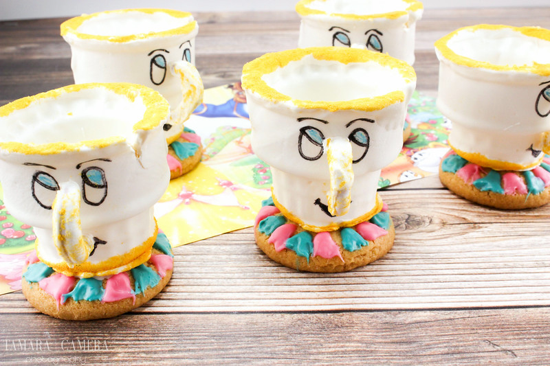 With just a few ingredients and these instructions, you can make adorable Beauty and the Beast Chip Teacups! Fill them with your treat of choice! #DIY #Recipe