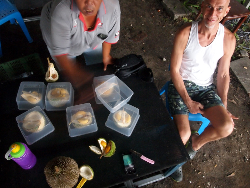 668 durian stall