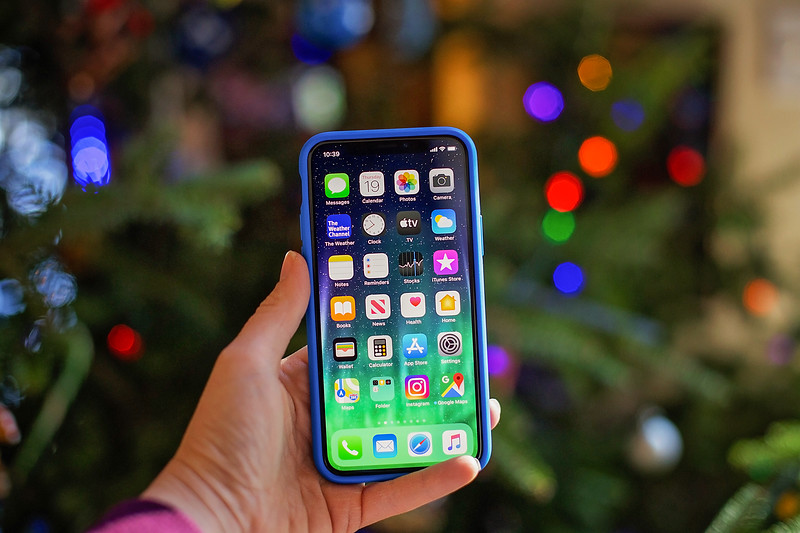 #ad Still looking for that special Christmas gift for your loved ones this year? Tech21 Phone Cases are perfect. Get 10% off! #TechTheHalls #tech21official