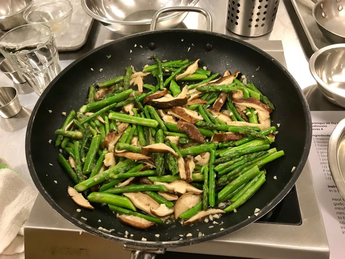 Asparagus Stir Fry with Shiitake Mushrooms