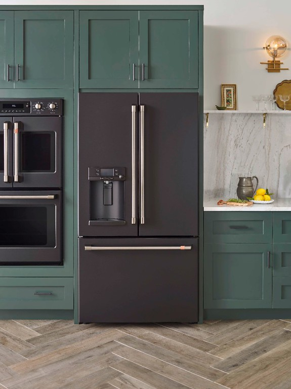 Café Matte Collection by GE is a collection of modern kitchen appliances you can customize w/ a line of customizable hardware options #ad #distinctbydesign