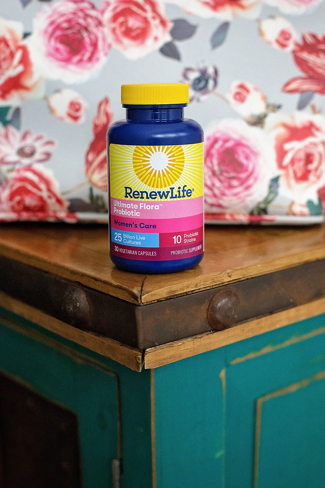 #AD Follow my 7 daily steps to better digestive health, an awesome goal for 2020! See why @RenewLife is the #1 probiotic for women: #FemaleRising #RenewLife