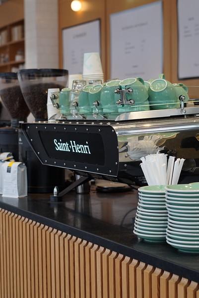 Best Cafes in Quebec City: Saint-Henri micro-torréfacteur in Saint-Roch