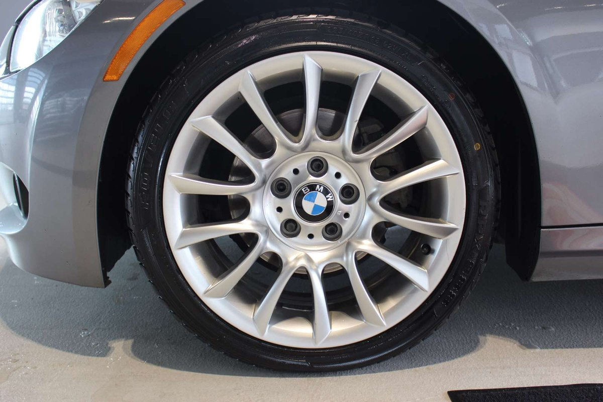 2012 BMW 328 for sale in Spruce Grove, Alberta