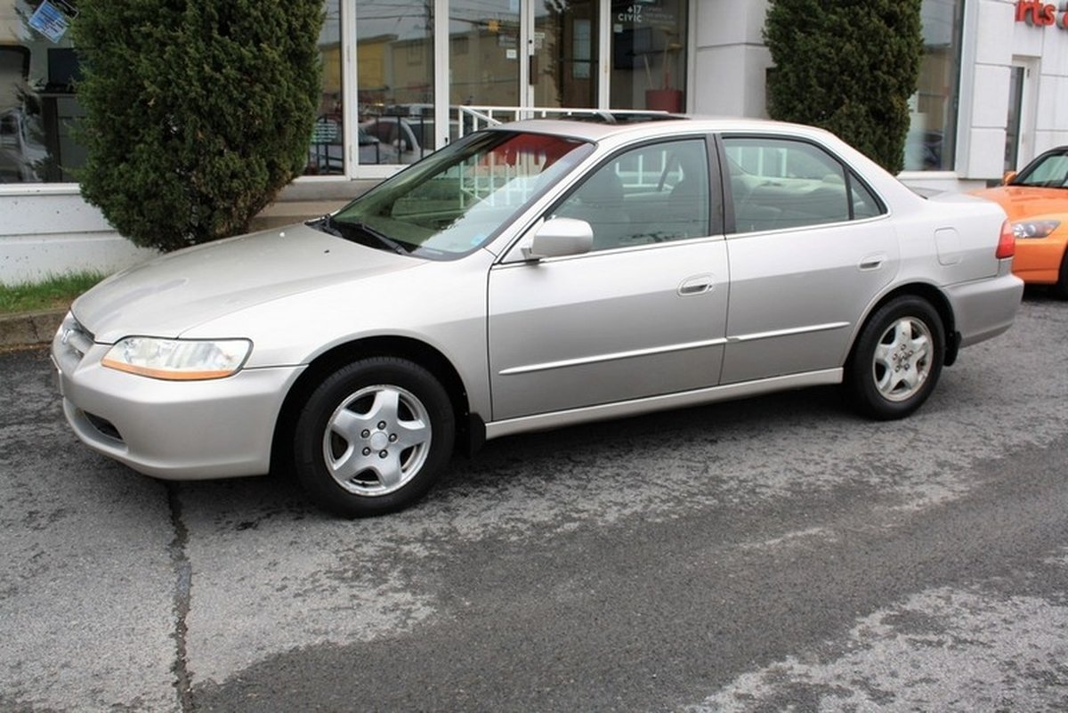 1999 Honda Accord EX V6. 1999 Honda Accord For Sale In Cornwall, Ontario ...