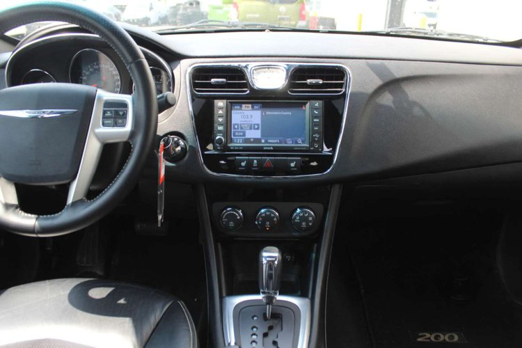 2012 Chrysler 200 S for sale in Edmonton, Alberta