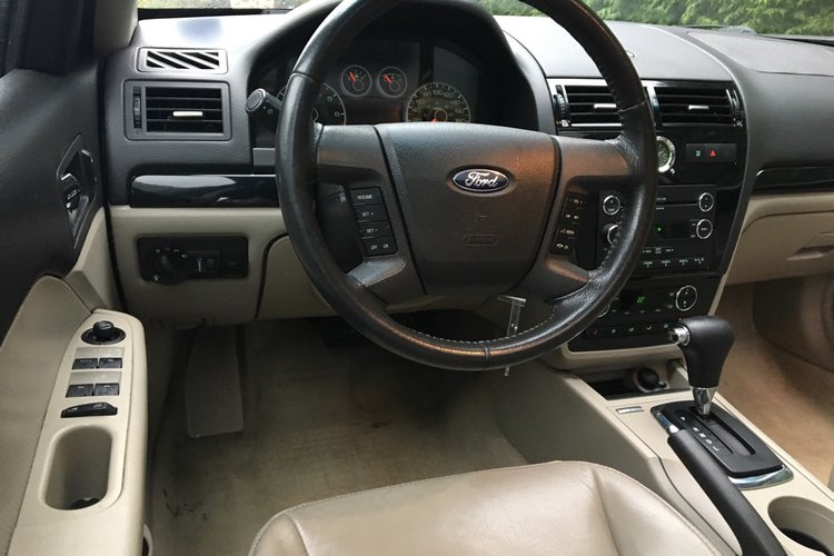 2008 Ford Fusion SEL for sale in Surrey, British Columbia