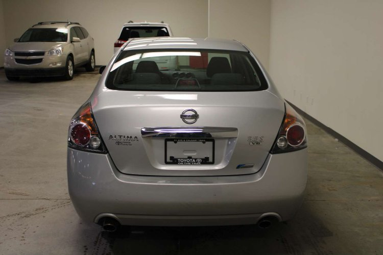 2010 Nissan Altima 3.5 SR for sale in Edmonton, Alberta
