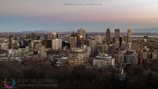 Montréal au crépuscule vue du mont Royal