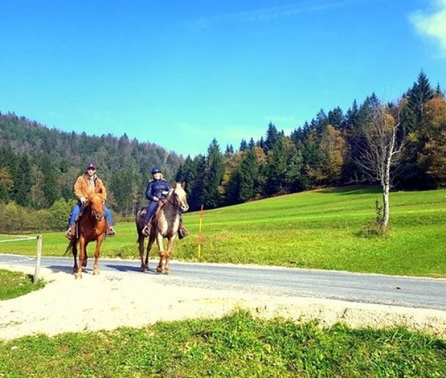 8 Days Hiking Culinary Vacation And Wine Tasting In Triglav National Park And Central
