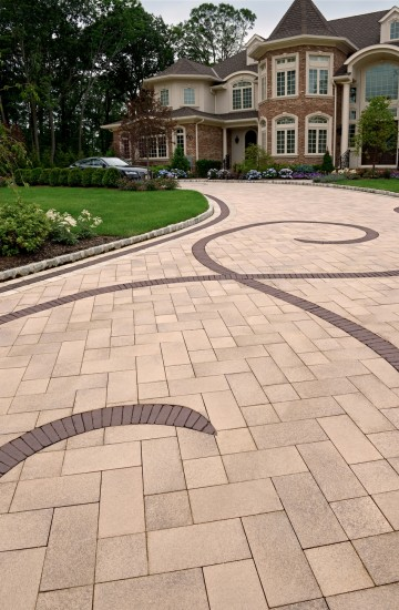 Umbriano Driveway With Copthorne Banding And Accent Photos