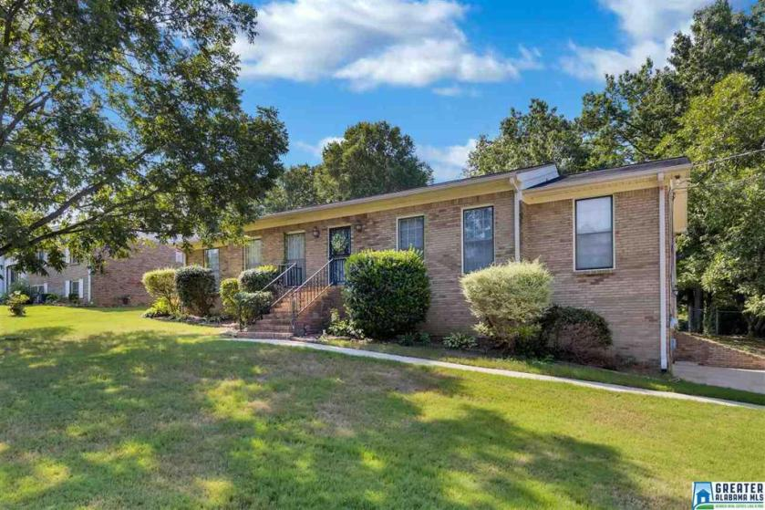 Property for sale at 309 36th Ave NE, Center Point,  Alabama 35215