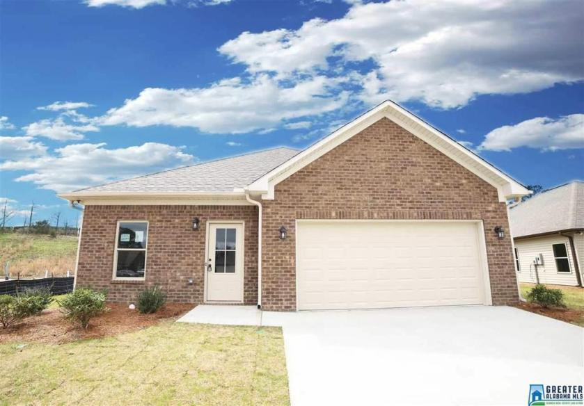 Property for sale at 129 Shiloh Creek Dr, Calera,  Alabama 35040