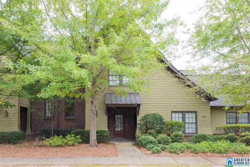 Property for sale at 1535 Inverness Cove Ln, Hoover,  Alabama 35242