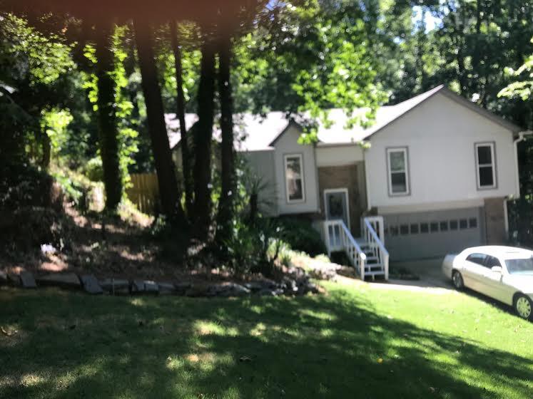 Property for sale at 2435 Burgundy Dr, Birmingham,  Alabama 35244