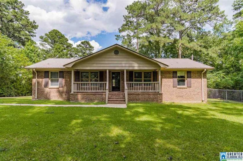 Property for sale at 361 Park Ave, Hoover,  Alabama 35226