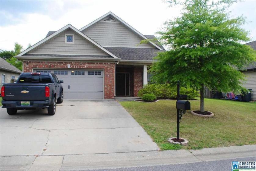 Property for sale at 2017 Highview Way, Calera,  Alabama 35040