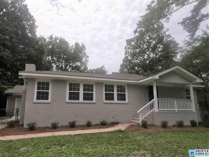 Property for sale at 213 18th Ave NW, Center Point,  Alabama 35215
