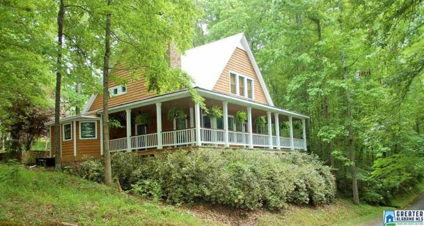 Property for sale at 25 S Hollow Rd, Hayden,  Alabama 35079