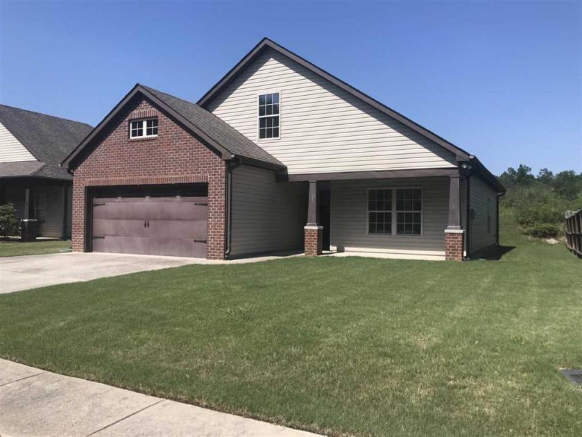 Property for sale at 168 Stonebriar Dr, Calera,  Alabama 35040