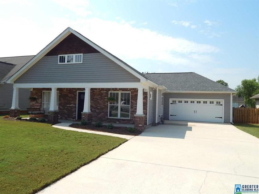 Property for sale at 177 Stonecreek Pl, Calera,  Alabama 35040